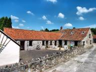 Barn Conversion to rent in Tockington...