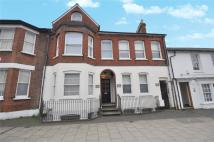 4 bed house in Victoria Street...