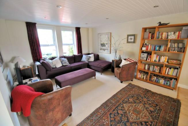 large living room/dining room at 19a Kensington Gardens Bath for sale with Pritchards Bath
