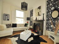 2 bed Flat to rent in Coldharbour Lane, London...
