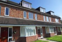 2 bed Apartment in MOSELEY WOOD DRIVE...