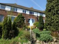 3 bed semi detached house in SUSSEX AVENUE, HORFORTH...