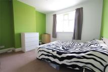 Flat to rent in HARROW, Middlesex