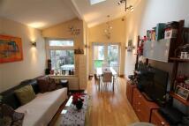 Maisonette to rent in Harrow, Greater London