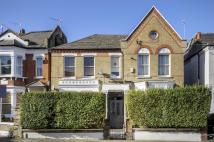 Flat to rent in Sugden Road, London