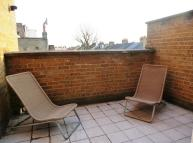 Penthouse to rent in Battersea Rise