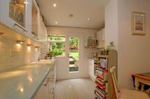 1 bedroom Flat in Cologne Road, London,