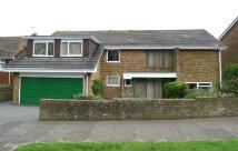 6 bed Detached home in Cranborne Avenue...