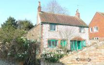 2 bed semi detached property for sale in Sloe Lane, Alfriston...