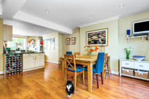 4 bedroom Terraced house in Eland Road, Battersea...