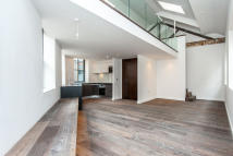 semi detached house to rent in Macaulay Walk, Clapham...