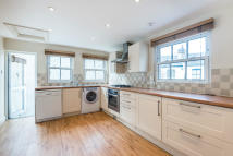 Foxmore Street Flat to rent