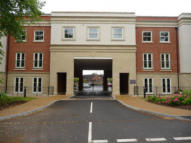 2 bedroom Apartment in Royal Mews Station Road...