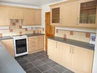 3 bed semi detached property to rent in Hawkside, Wilnecote...