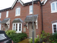 Ashford Way Town House to rent