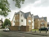 Flat to rent in Elizabeth Court...