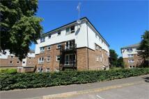 2 bed Apartment in Keith Park Road, Uxbridge