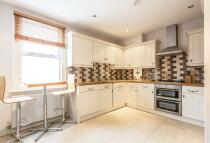 Apartment to rent in King Stable Street, Eton...