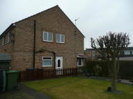 2 bed Flat to rent in Dellfield Avenue...