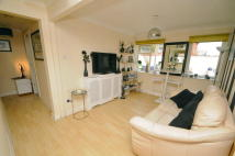 2 bed Ground Flat in Belvedere Road...