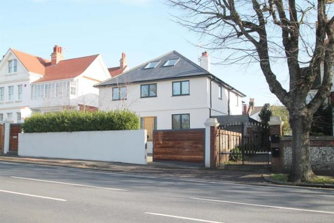 7 bedroom detached house for sale in dyke road brighton bn1 for 7 bedroom house for sale