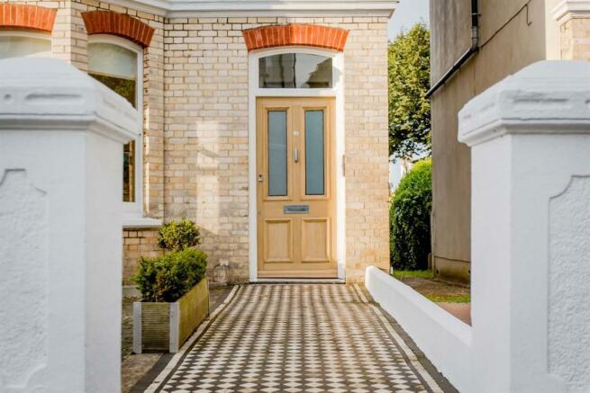 Original tiled pathw