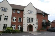 Apartment to rent in Highcroft Road...