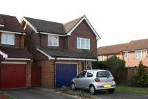 3 bed Detached home in Graveney Road, Crawley