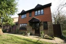 4 bed Detached home in Pound Hill