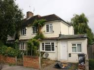 semi detached home to rent in Oakleigh Road North...