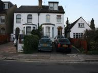 1 bed Flat to rent in Friern Park...