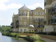 Apartment in Regents Riverside...