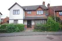 4 bed Detached property to rent in Woodward Close, Winnersh...