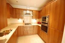 2 bed Apartment to rent in Upcross House Upcross...