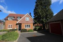 3 bed Detached house for sale in Spring Close, Crawley...