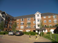 Apartment in Woodfield Road, Crawley...