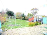 Detached Bungalow in North Road, Crawley, RH10