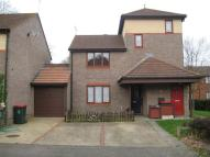 Ground Maisonette to rent in Keymer Road, Crawley...