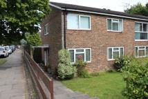 2 bedroom Ground Flat to rent in Waterlea, Crawley, RH10