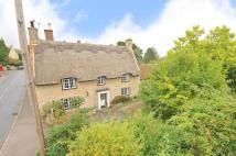 2 bed Cottage in High Street, Pavenham...