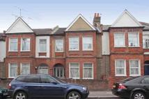 Ground Flat to rent in Brookbank Road, London...