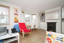 Flat to rent in Honor Oak Park, London...