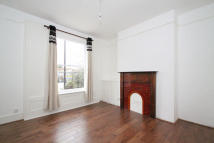 3 bedroom Detached property in New Cross Road, London...