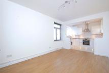 Flat to rent in Algernon Road, London...