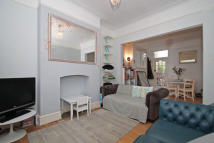 Brockley Rise house to rent
