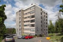 2 bedroom Flat for sale in Honor Oak Rise, London...