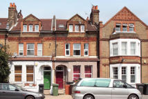 2 bedroom Flat to rent in Honor Oak Park, London...