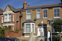 2 bedroom Terraced house in Ravensbourne Road...