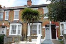 2 bed Terraced property in Ravensbourne Road...