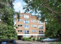 Flat for sale in Perivale Lane, Perivale...